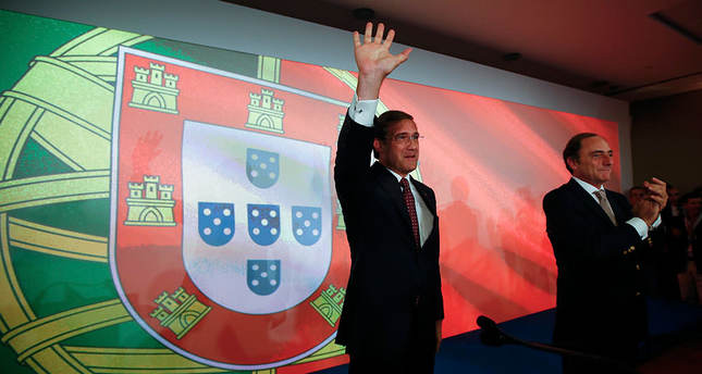 Pro-austerity government wins re-election in Portugal