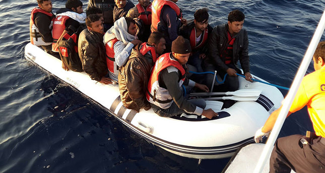 Turkish Coast Guard rescues 265 refugees in last 24 hrs