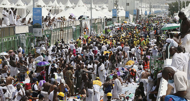 'At least 1,310 people died in Hajj stampede'