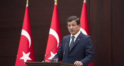 Ankara is close to identifying the two suicide bombers who killed 97 people and wounded over 200 in Ankara on Saturday, Prime Minister Ahmet Davutoğlu said on Monday. In an interview with private...