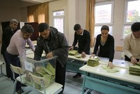 The civil society organization, Oy ve Ötesi (Vote and Beyond), which monitored the Nov. 1 elections with 60,000 volunteer observers across Turkey, has condemned allegations of election manipulation...