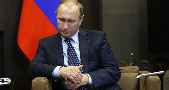 Putin orders special economic measures against Turkey