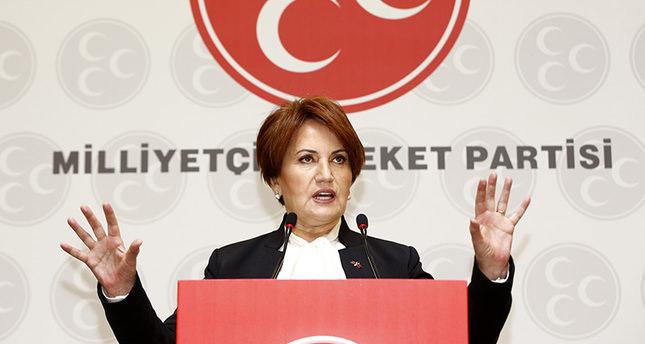 MHP's Akşener calls for congress, signals candidacy
