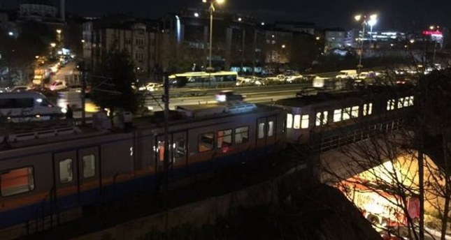 Bomb explodes near Istanbul metro station, 1 injured