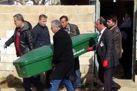 Gazİantep, a southeastern city bordering Syria, was rocked with the killings of nine people late Thursday. Yusuf Taş, a waiter residing in Istanbul, is the prime suspect in the murders and remains...