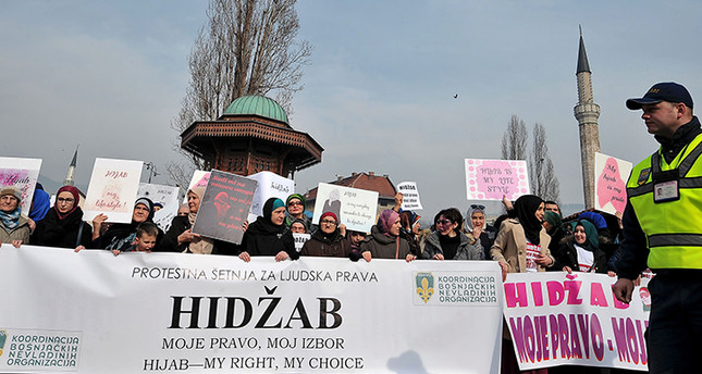Bosnians protest headscarf ban in judiciary