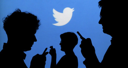 Twitter revamped its timeline Wednesday, allowing the best tweets to rise to the top, despite warnings of a revolt from members loyal to the real-time flow of the messaging platform.br /
