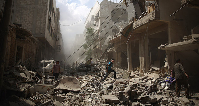 Over 470,000 killed in Syrian crisis, report says