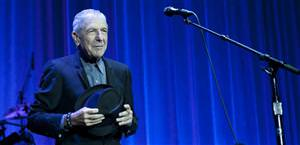 Leonard Cohen plays for fans in Istanbul