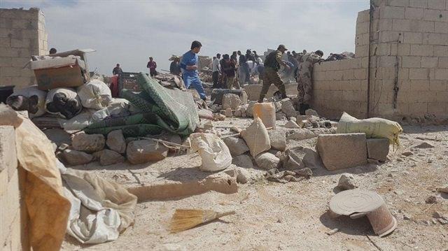Esed sığınmacı kampını vurdu