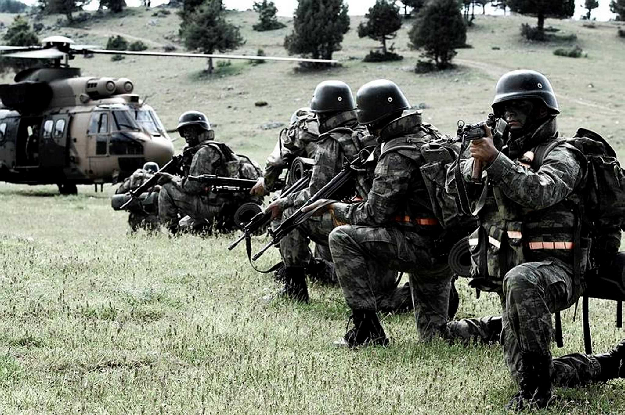 Üs bölgesine taciz ateşi açan PKK'lı kalleş öldürüldü