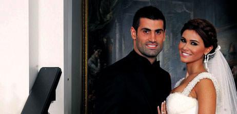 Volkan, prensesiyle sarayda evlendi