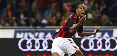 Ronaldinho Fener'e geliyor