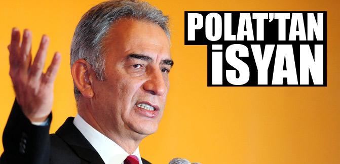 PFDK'nın 'Ligde birinci ile ikinciyi hakemler belirliyor' dediği için dün 21 gün hak mahrumiyeti cezası verdiği Adnan Polat isyan etti. - 363748696729