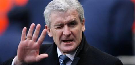 Hughes Fulham'ı bıraktı