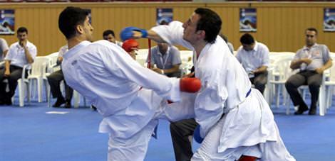 Karatede sekiz madalya