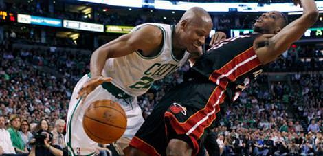 Ray Allen bir yıl daha Celtics'de