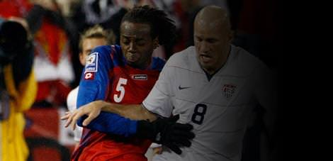 Gen� futbolcu trafik kurban�