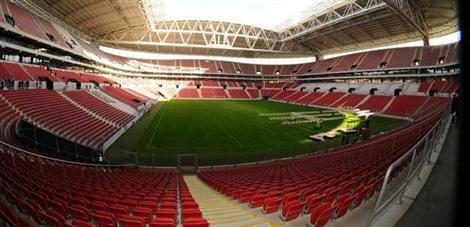 TOKİ'den Türk futboluna hizmet