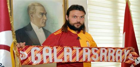 Ujfalusi'yi Beşiktaş istemiş