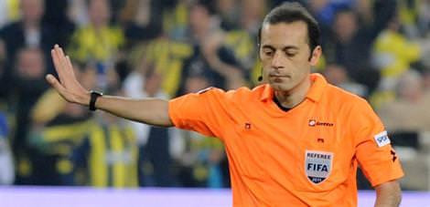 Cüneyt Çakır'a bir maç daha