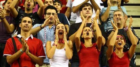 Türkiye: 58 - Sırbistan: 83