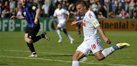 Galatasaray Podolski ile anla�t�
