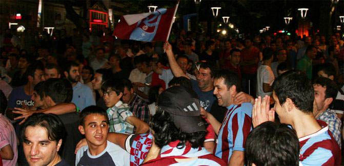 """<a href=""/index/trabzonspor"" target=""_blank"" class=""tkktLnk"" rel=""tag"">Trabzonspor</a>'un şampiyonluğu tescillenmeli"""