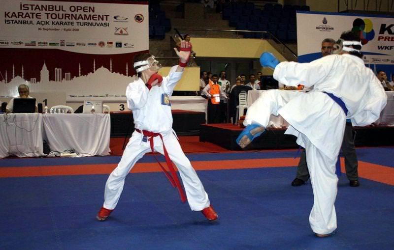 A��k Karate Turnuvas� ger�ekle�ti