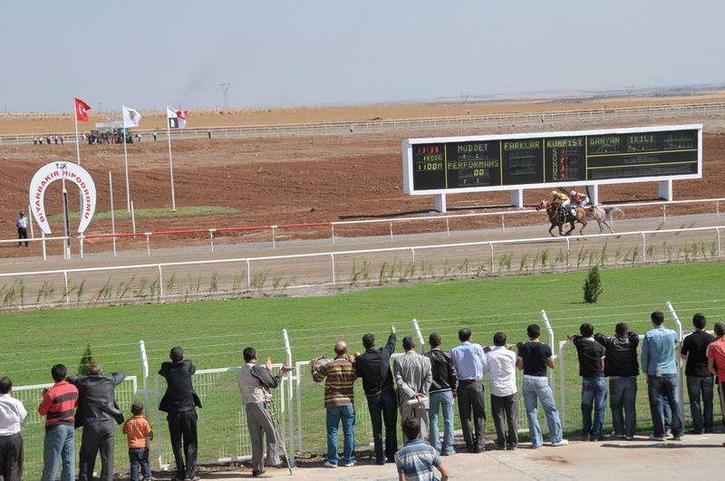Diyarbakır'da 141.286,45 TL