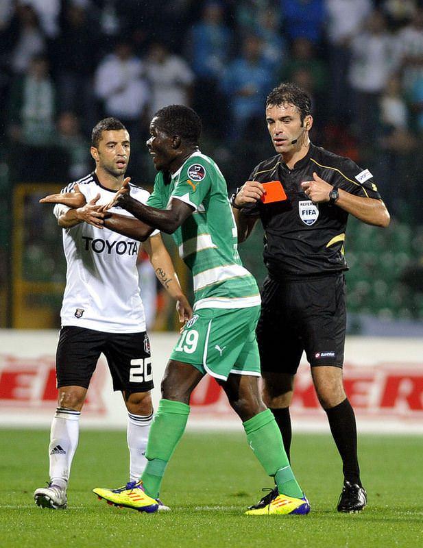 Bangura 2 maçtan men edildi