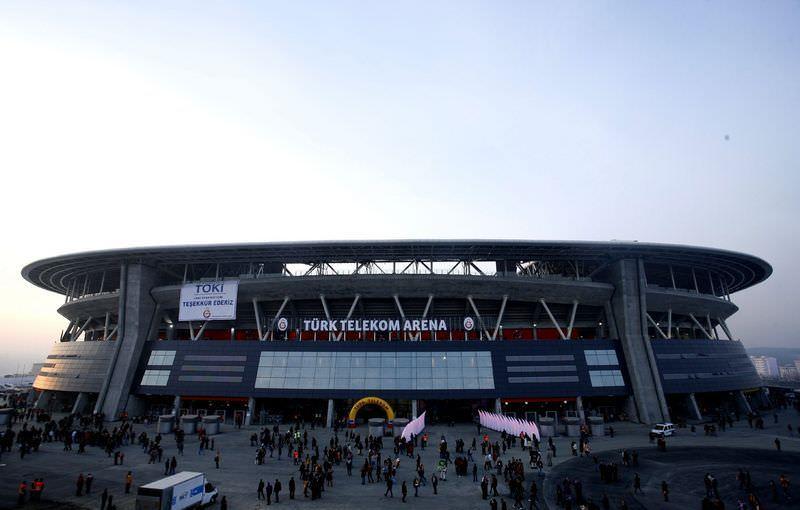 TT Arena'da 'pano' krizi