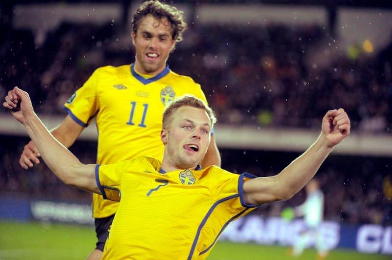 Elmander'li İsveç kazandı