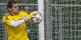 Casillas cezay� yedi!