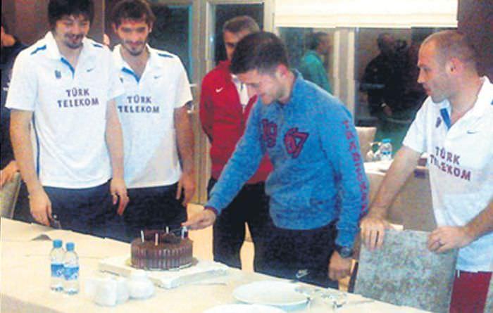 Yazıcıoğlu'na pasta