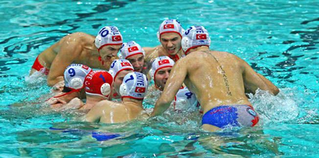 Slovenya maçına İspanyol ve Rus hakem