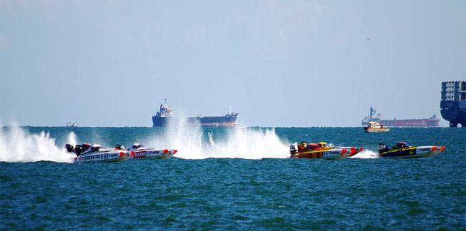 Offshore'da Tuncer-Akdilek ikilisi şampiyon