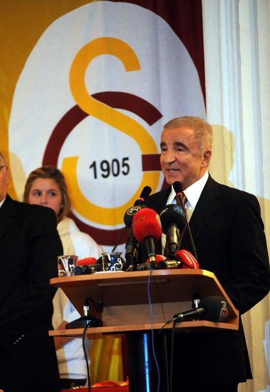 Aysal: Berbatov listede