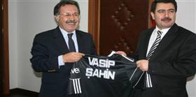 Yeni sorumlu Orhan Saka