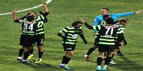 Akhisarspor 90+6'da g�ld�