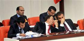 Şike yasası Meclis'te görüşüldü