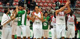Hakan Demir oyuncularını kutladı