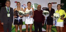 Şampiyon Bratchikova-Jurak çifti