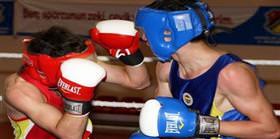 8 boksör finalde