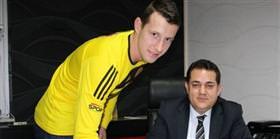 Elek Galatasaray maçında oynamak istiyor