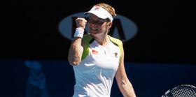 Clijsters Wozniacki'ye fazla geldi