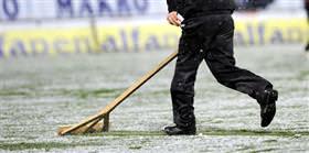 19 Mayıs Stadı'nda kar temizleme çalışmaları