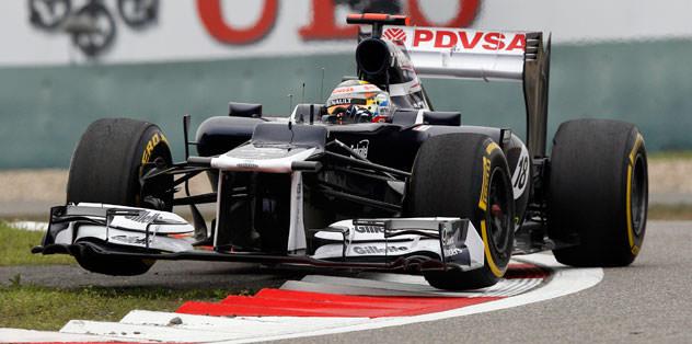 Bahreyn'de Formula 1 araçlarını yaktılar