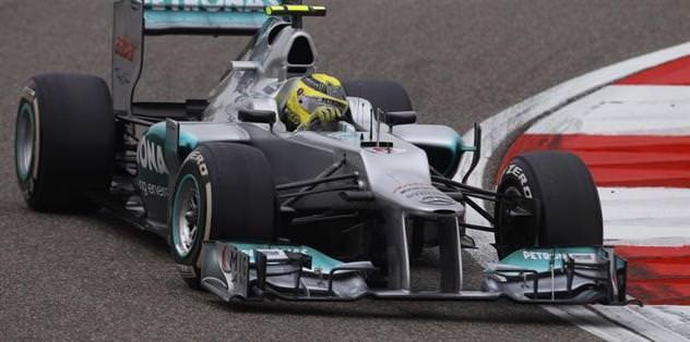 İlk cep Rosberg'in