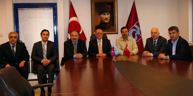 Azeri bakan ziyaret etti